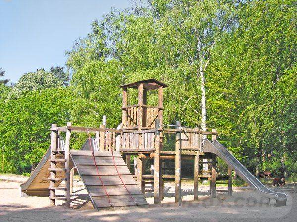natural playground ideas-160370436703280820