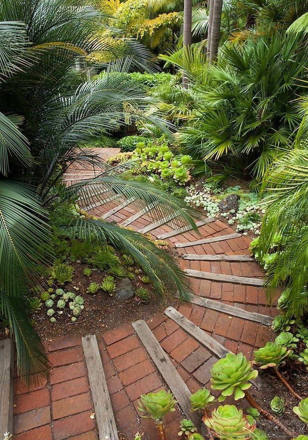 25 Perfect Tropical Garden Design Ideas - Your Staycation ...